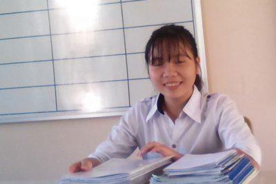 Cô học trò nghèo học giỏi, đa tài